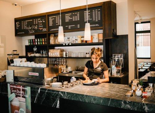 Kaffeerösterei Bergmannstraße - Frischer EINSTEIN KAFFEE