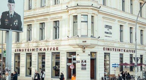 Kaffeehaus am Checkpoint Charlie EINSTEIN KAFFEE